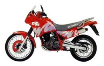 SUZUKI DR 650 RS/RSU