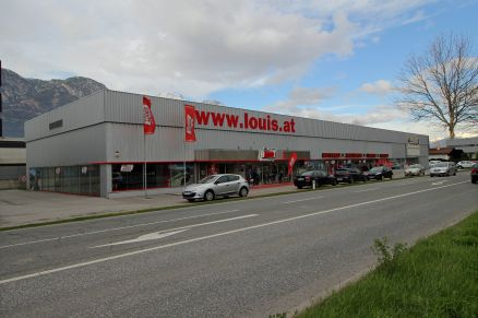Louis MEGAShop Hall in Tirol