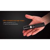 FENIX UC30 LED-FLASHLIGHT