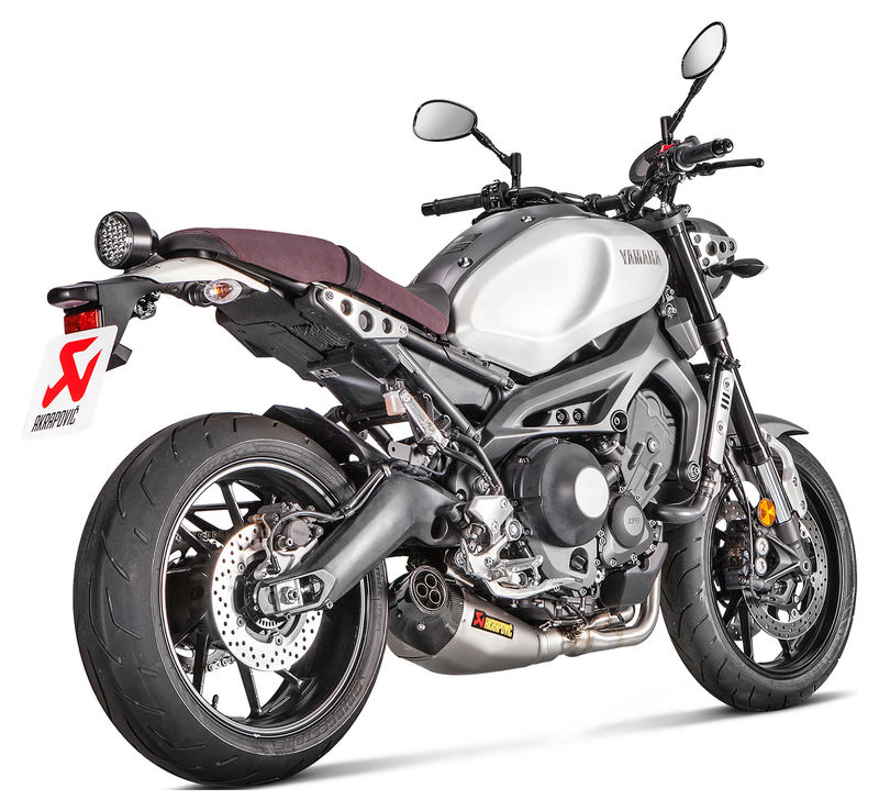 AKRAPOVIC RACING-LINE